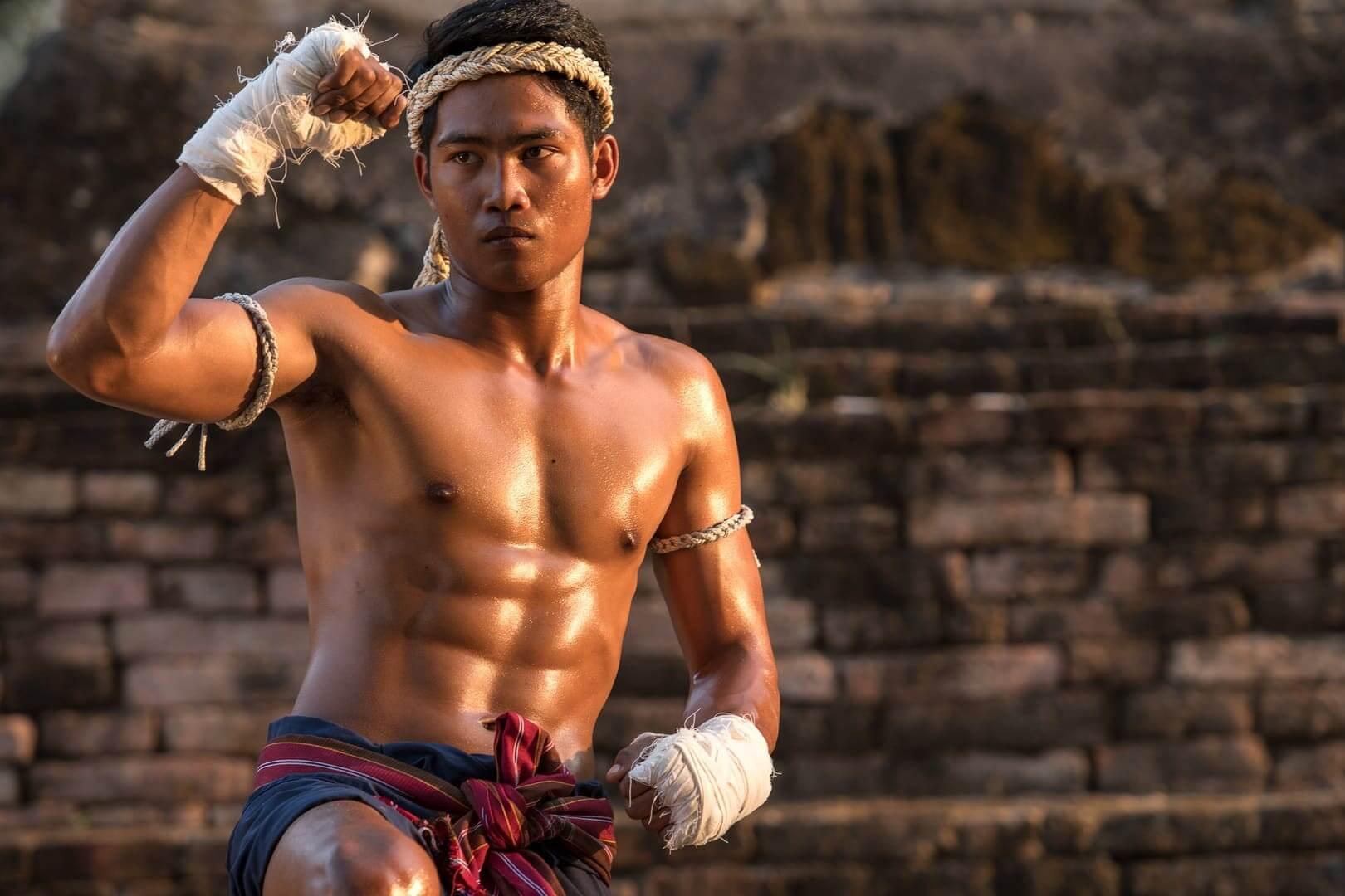 موی تای Muay Thai یا بوکس تایلندی Thai Boxing